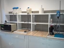 Meble laboratoryjne_1